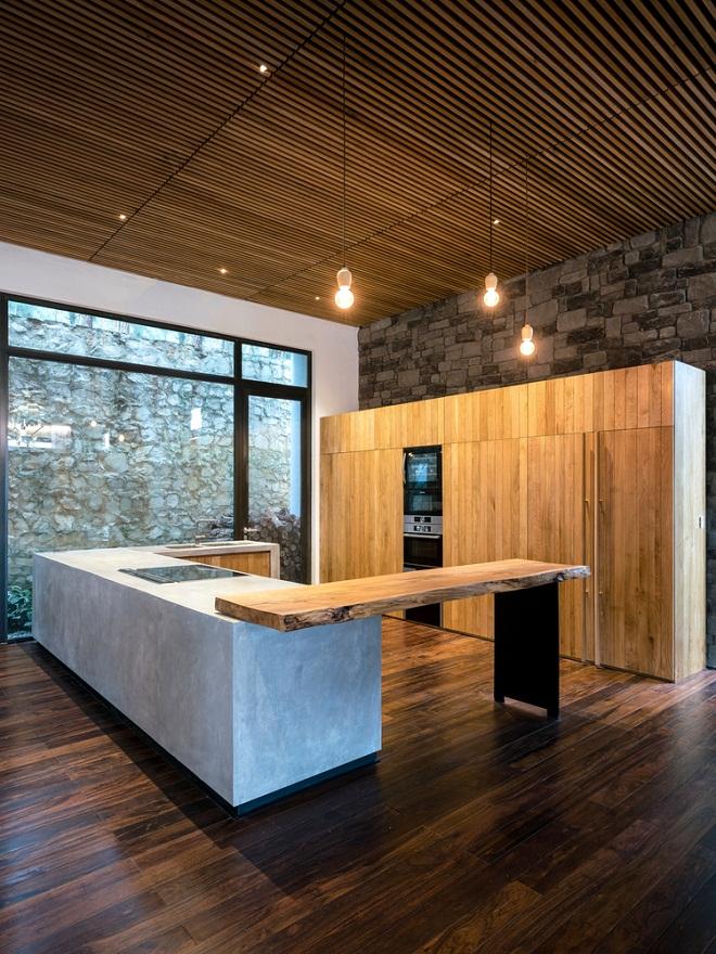 Teak-House-–-A-modern-wooden-house-design-interplay-between-culture-and-environment-10