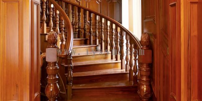 怎么辨别柚木楼梯好与坏