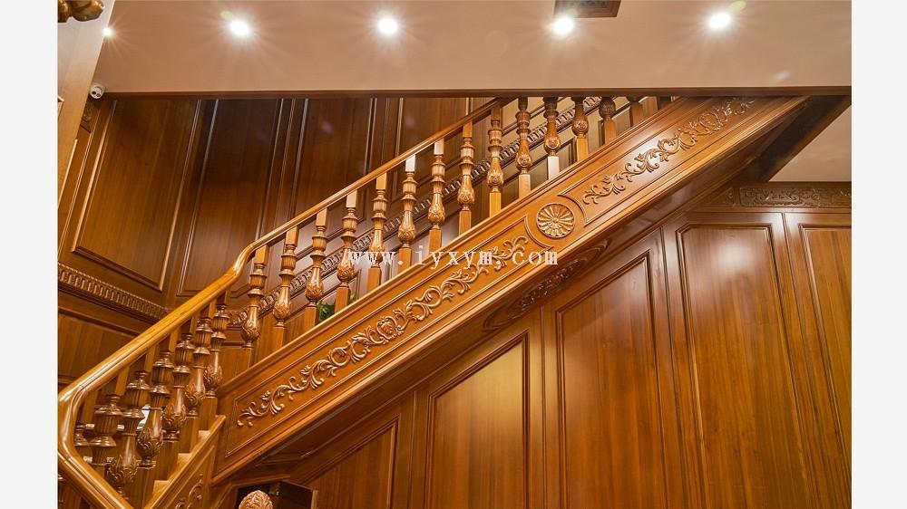 柚木楼梯01
