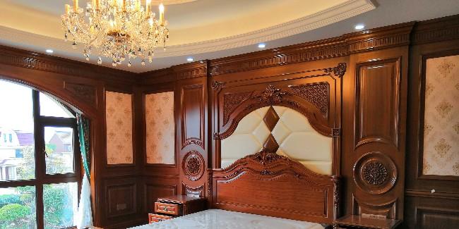 别墅实木全屋定制装修先装门还是地板?