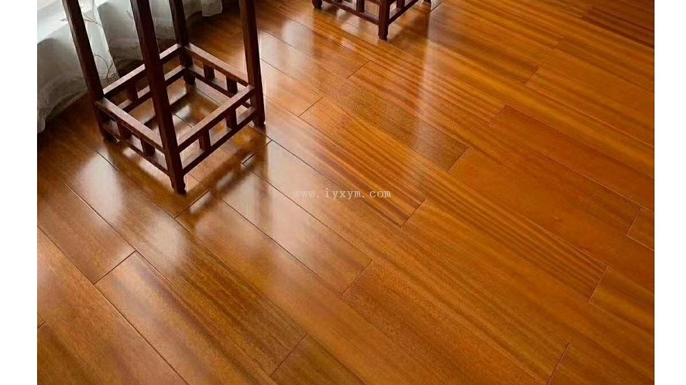 柚木锁扣地热地板