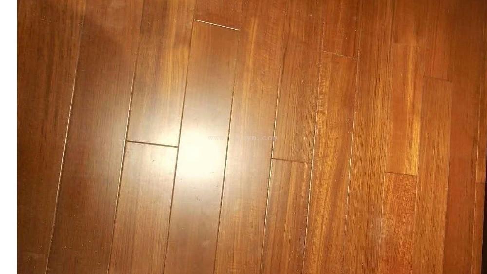 平扣柚木实木地板01