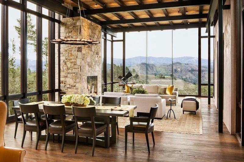 餐厅客厅柚木地板